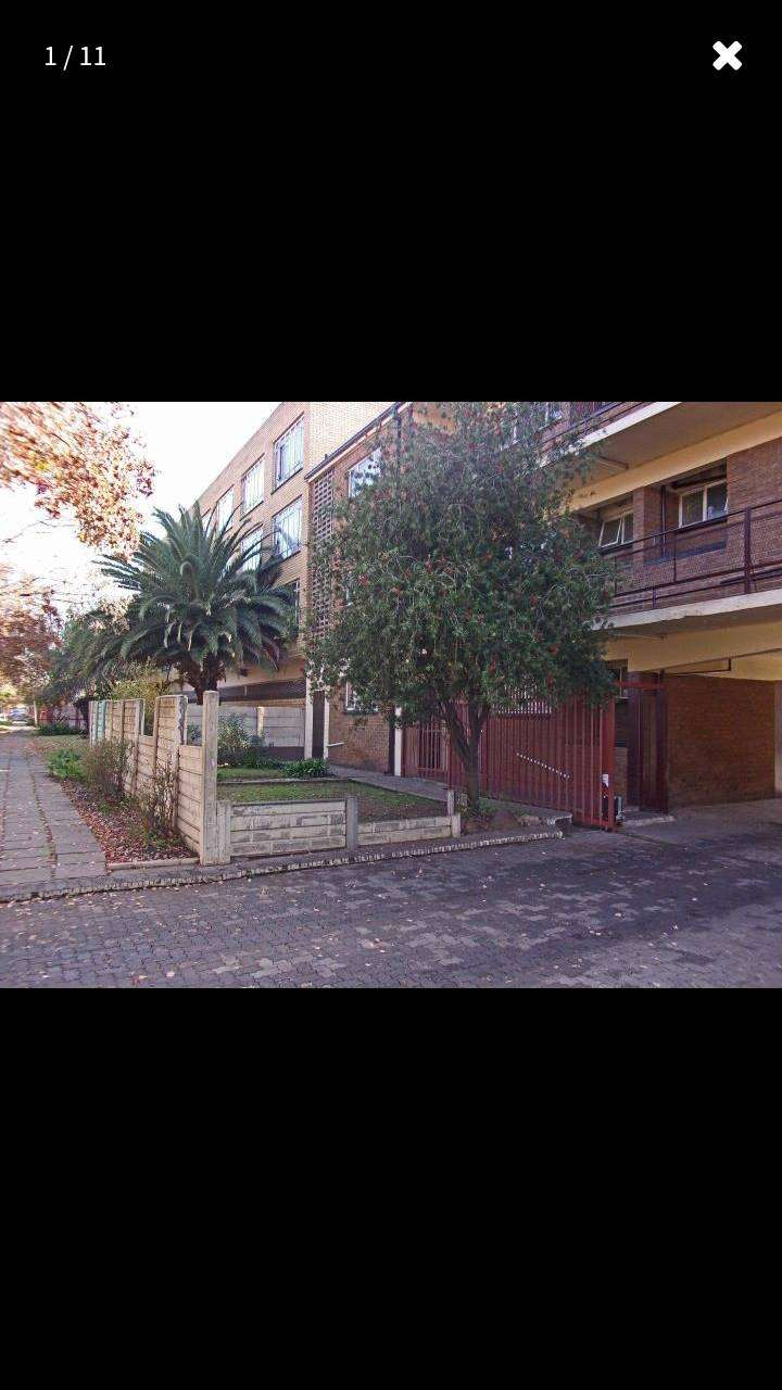 2 Bedroom Apartment / Flat for Sale in Vereeniging Central 0