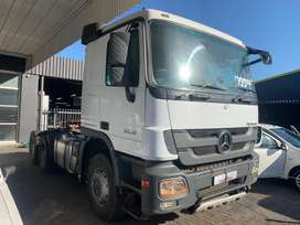 Mercedes Benz Actros 3350 with Pto & Hub Reduction
