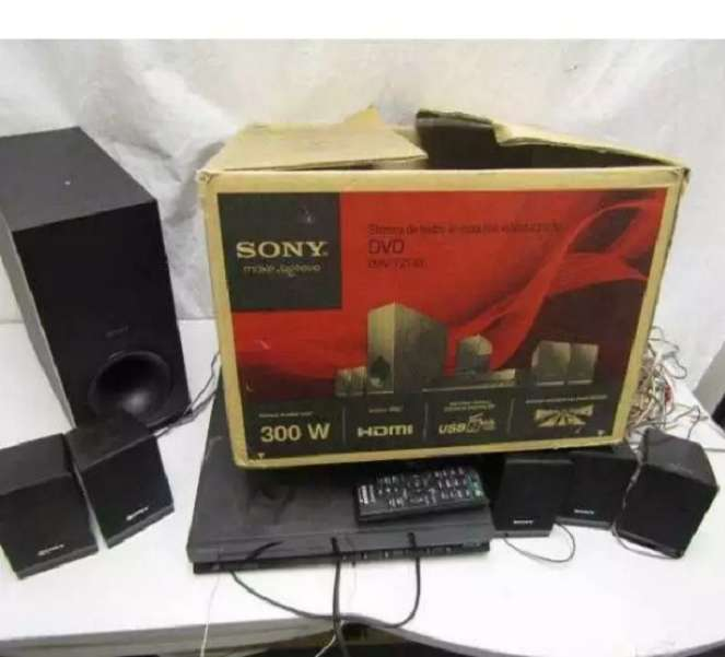 Brand New Sony DAV-TZ140 Home Theatre System 0