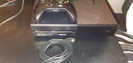 Xbox one 1 TB , plus one controller and game