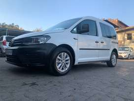 2019 Volkswagen caddy 1.6 Crew bus For sales! With 11000km
