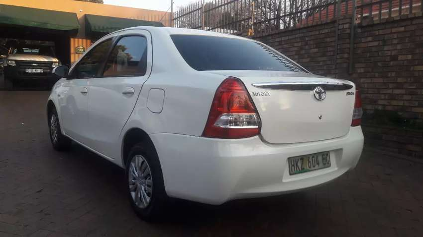 Toyota Etios 1.5 Sprint Sedan Manual For Sale 0
