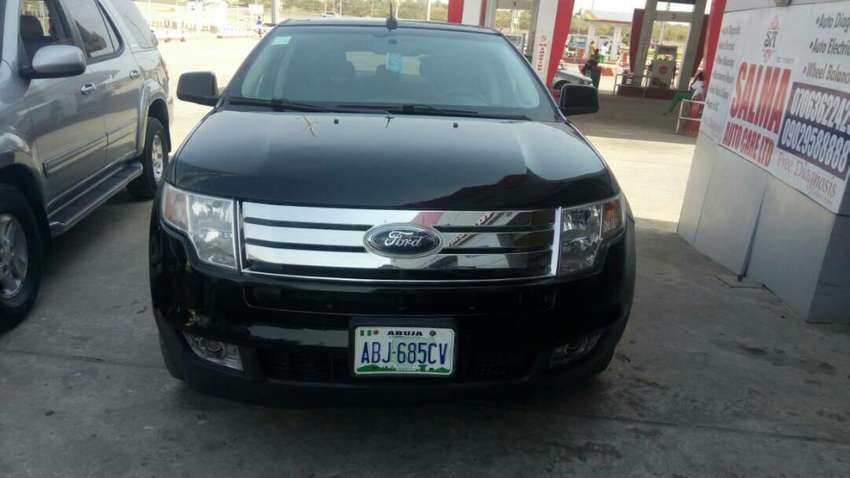 Extremely Clean Ford Edge 2008 0