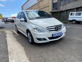 Mercedes Benz, White, year 2010, Automatic