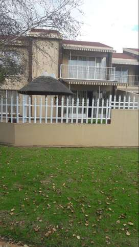 Very neat townhouse for sale in Delmas