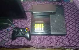 X box 360 console set with screen n games