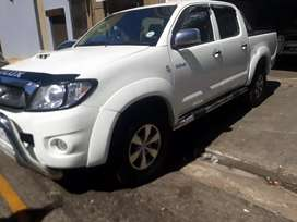 Toyota Hilux d4d 3.0 R 185 000 Negotiable