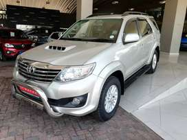 2013 Toyota Fortuner 2.5 A/T D4—D