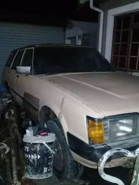Toyota cressida breaking up for spares 18R automatic