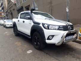 Toyota Hilux 2.4 GD.6speed  R360.000