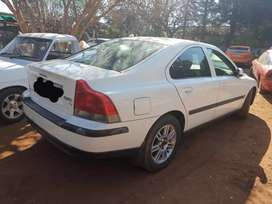 Volvo s60 t5 stripping for Spares
