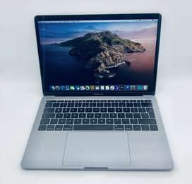 Apple MacBook Pro 13-inch 2.3GHz Dual-Core i5 (Non Touch Bar, 128GB, S