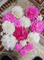 Украшения на праздник .Цветы из гофрированной бумаги