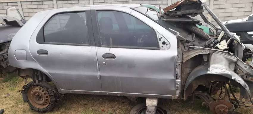Fiat palio stripping for Parts