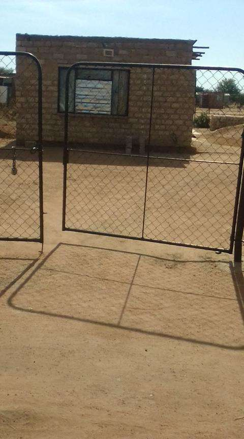 Soshanguve (Marikana) a stand with a one room for sale. 0