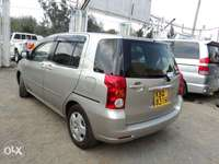 toyota raum 7seater clean on quick sale 0