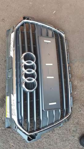 AUDI A1 FRONT GRILL 2017 MODEL