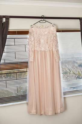 Winter wedding dress, large to xtra large