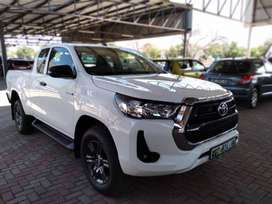 NEW TOYOTA HILUX 2.4GD-6 RAIDER