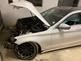 Merc Benz W205 stripping for spares