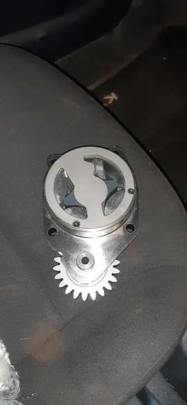 Iveco F4GE oil pump for sale
