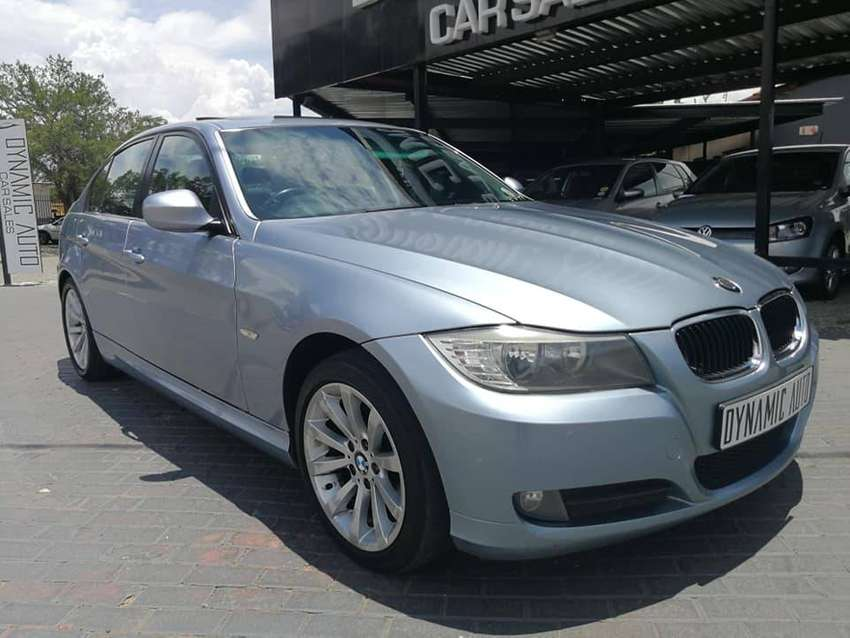 2009 BMW 320i A/T - Only R109 900 0