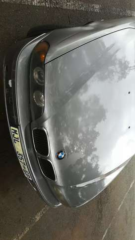 I'm selling BMW 530d 2001 model start and go