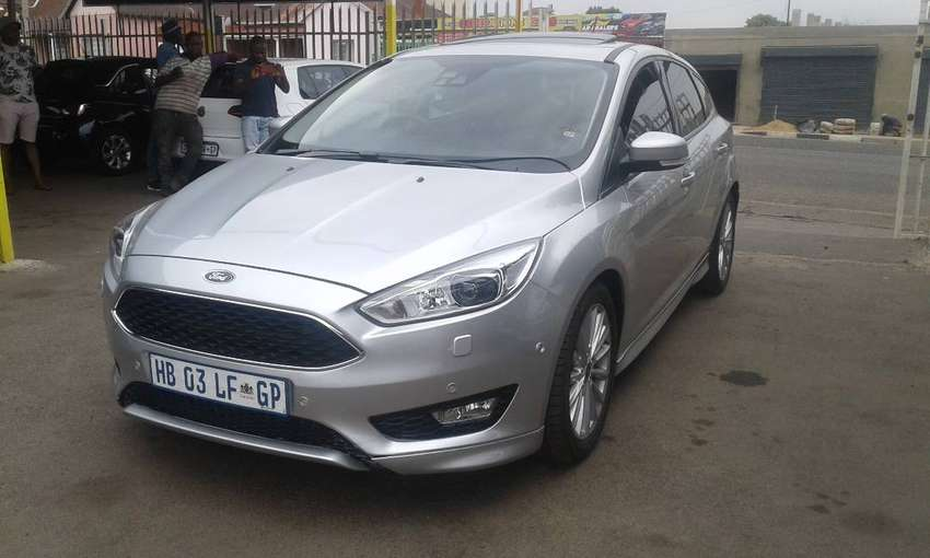 2017 Ford Focus Ecoboost 0