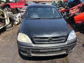 OPEL CORSA GAMMA UTILITY STRIPPING FOR SPARES