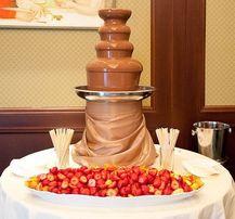 Шоколадный фонтан на ваш праздник ,аренда прокат в киеве