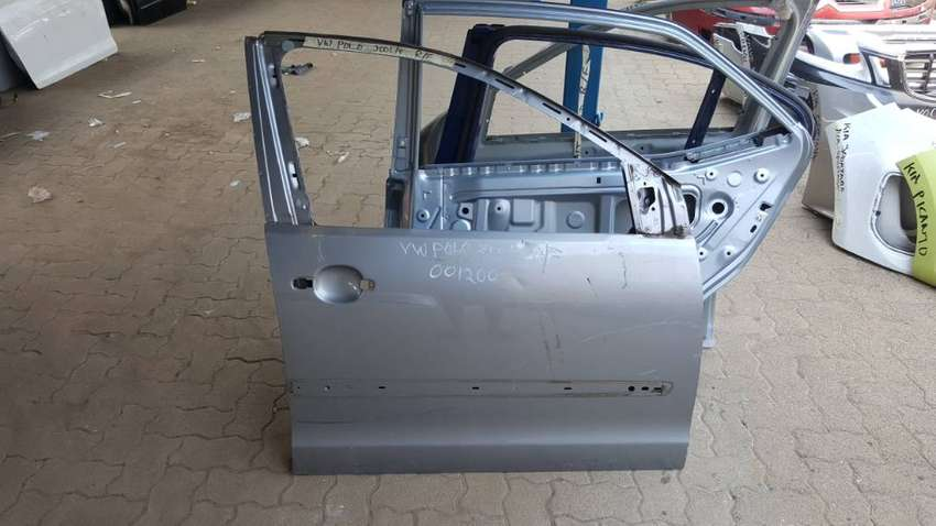 VW Polo Right  Front Door 0