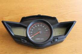 Honda VFR1200F clocks