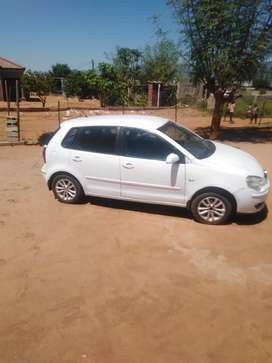 I'm selling my vw Polo 5 car has power steering, ABAS, etc...
