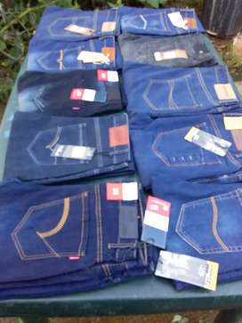 Men's jeans for dell . All sizes available.