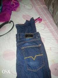 guess jean size 32 original for sale  South Africa