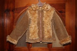 Стильная вельветоновая куртка с карманами утепленная флисом на 5лет