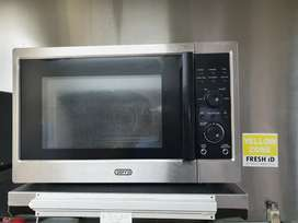 Commercial microwave.