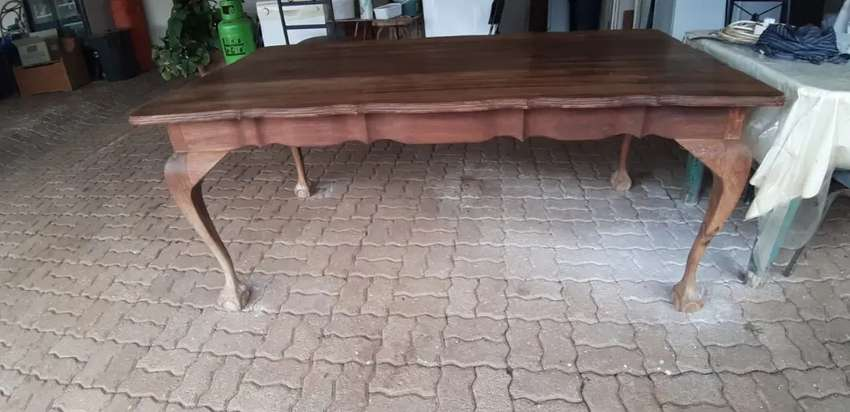 Kiaat ball and claw dinning room table
