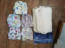Cloth nappies with cloth nappy liners