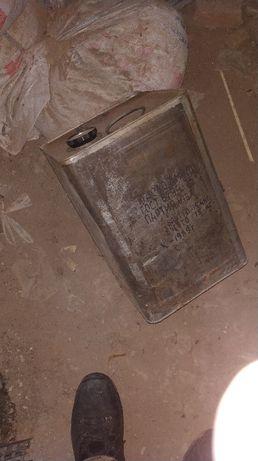 Канистра металлическая из под масла 16.5 литров, СССР. Харьков - изображение 3