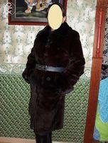 Шуба из бобрика с норковым воротником и манжетами, коричневая