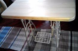 Консольный столик , парта для принцессы