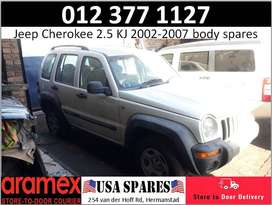Jeep Cherokee 2.5 KJ used body spares for sale