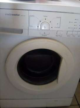 Washing machine needs a bit of attention R400