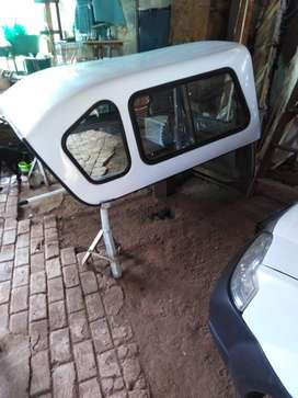 Beakman canopy for Nissan NP200