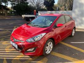 2014 Hyundai i30 1.6 Gls  (5-Door) 91000 kilos For R129 999