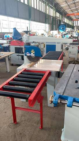 Heavy duty radial arm crosscut saw