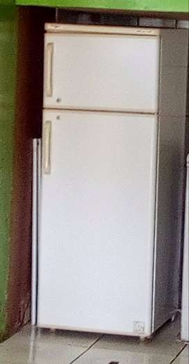 Second hand fridge in good working condition