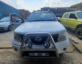 Nissan Navara 4.0V6 driving well, with clean body , mags etc