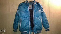 продам куртку для мальчика 7-9 лет